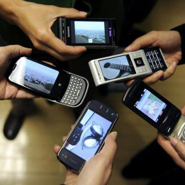 Mobile Phone Use in Meetings a Bad Idea